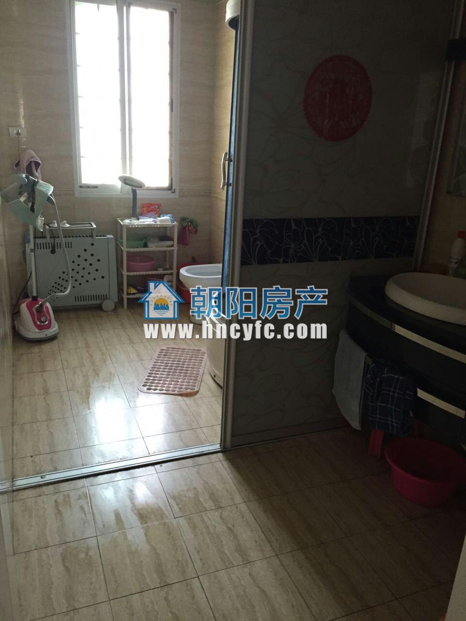 银鹭万树城精装3室2厅130.63平米出售