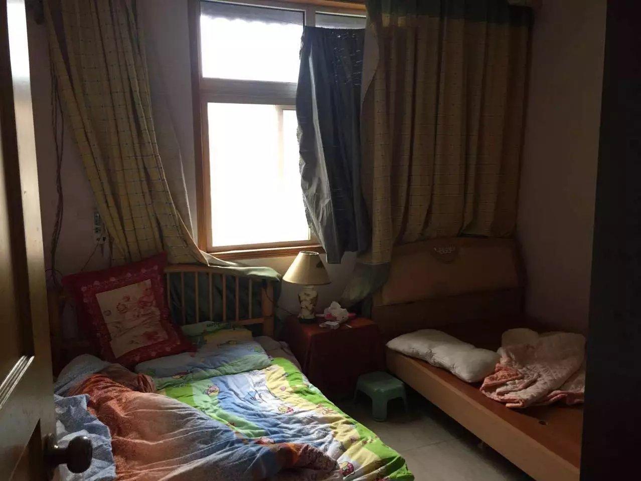 前锋电力村两室一厅简装,家具家电齐全,_3