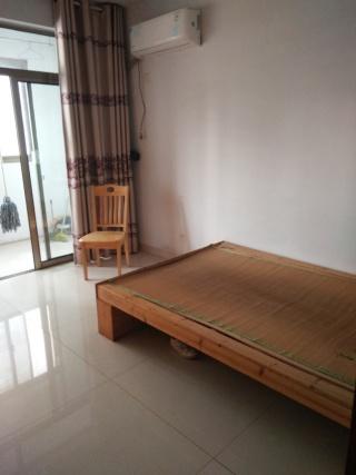 金微华庭两室两厅一卫90平米精装修_6