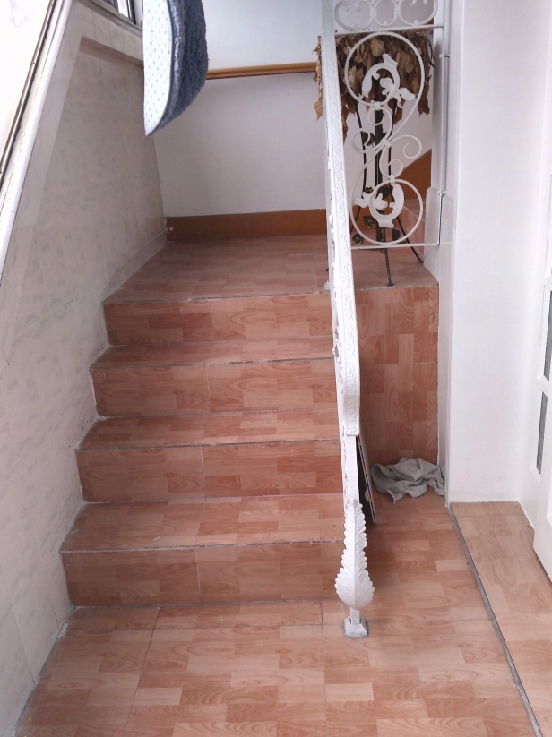 华声苑四室一厅99.8平米5跃六精装出售_9