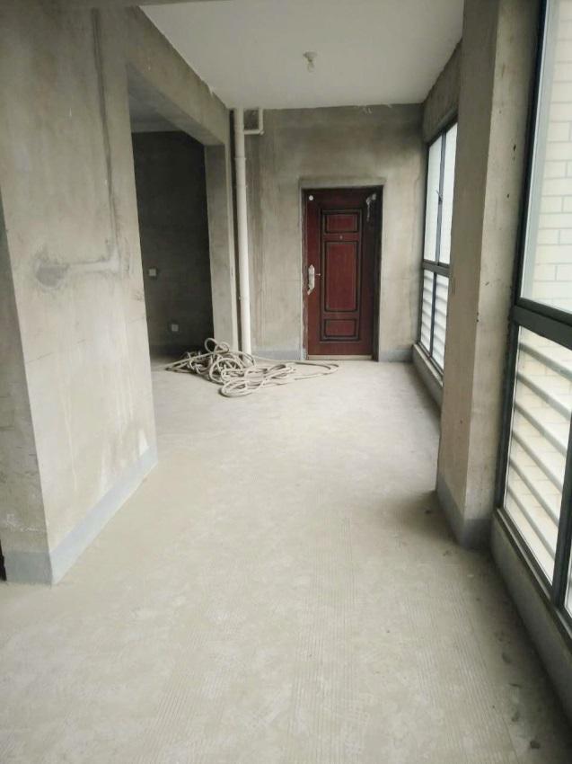 广弘城4室2厅南北通透好房出售_8