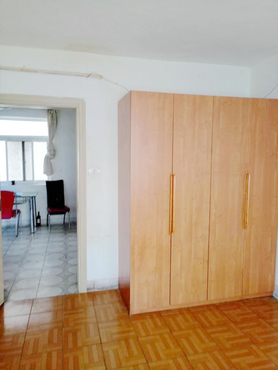 洞泉小区2室1厅简装出租