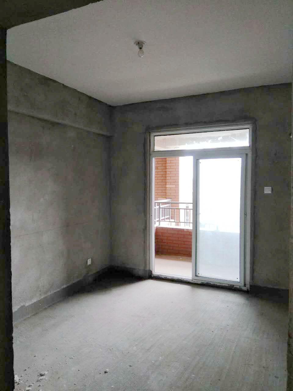 英伦联邦4室2厅1厨2卫1阳台125.42平米_5