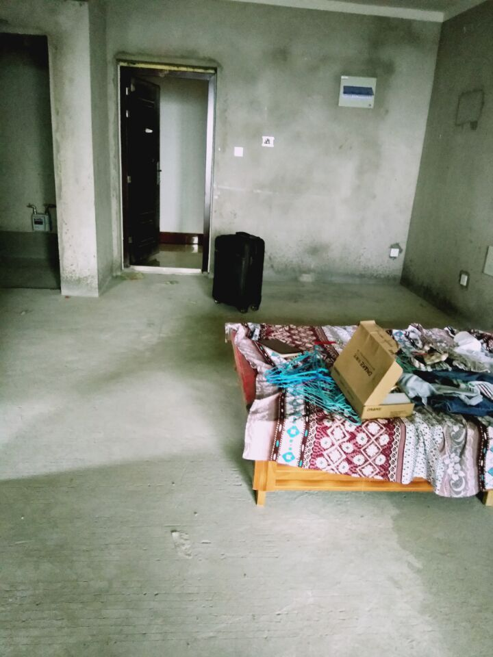 香颂小镇2室2厅好房出售_1