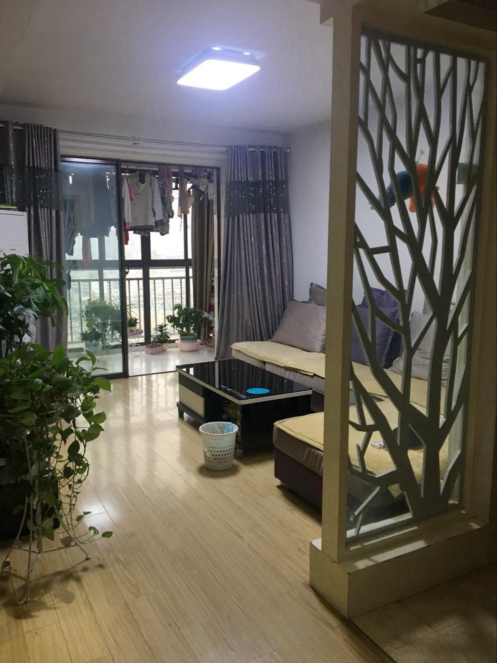 西湖天地27楼88.9平米2室2厅证满2年急售