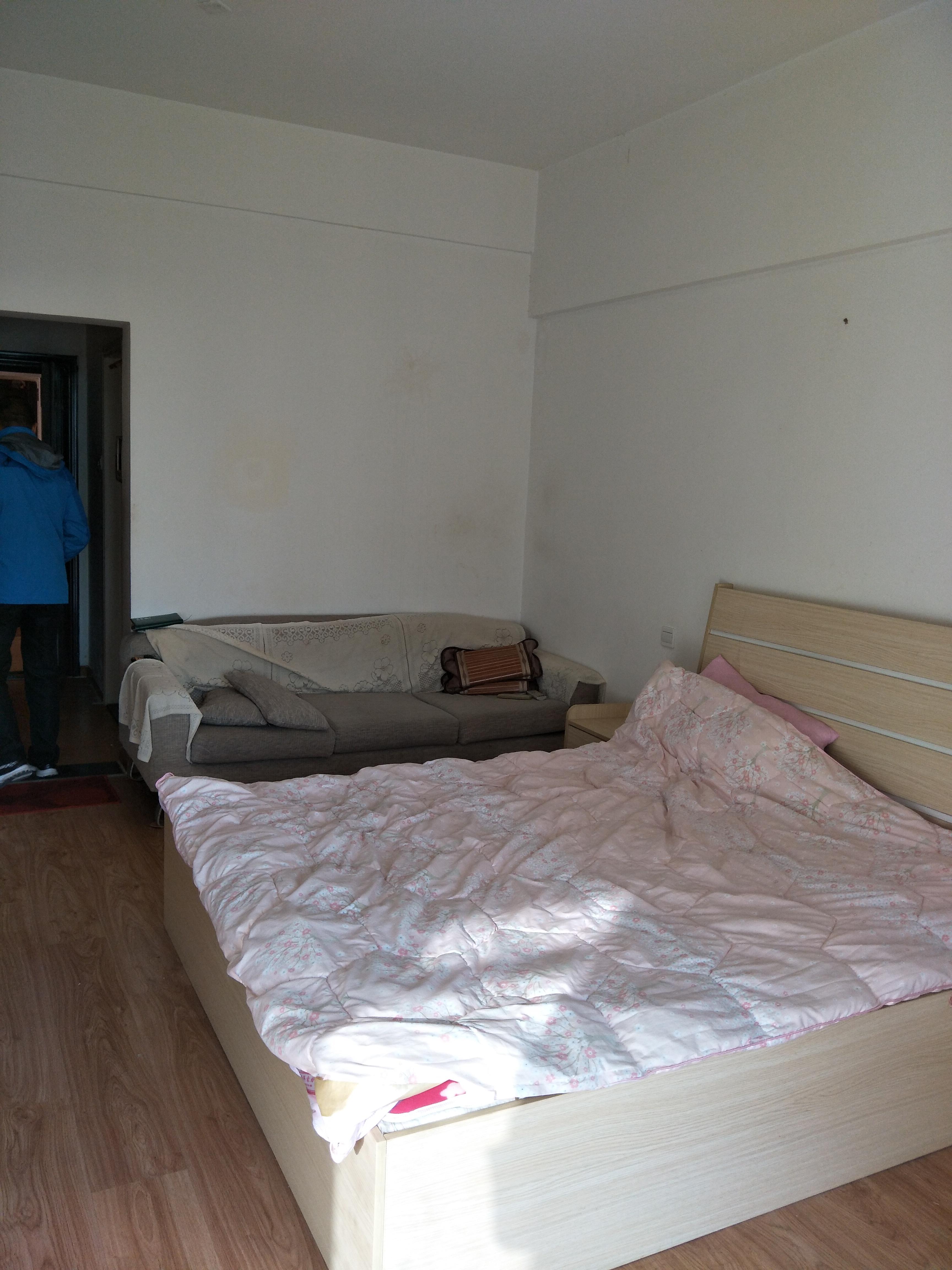 金地国际城A区42平米小公寓出租_1