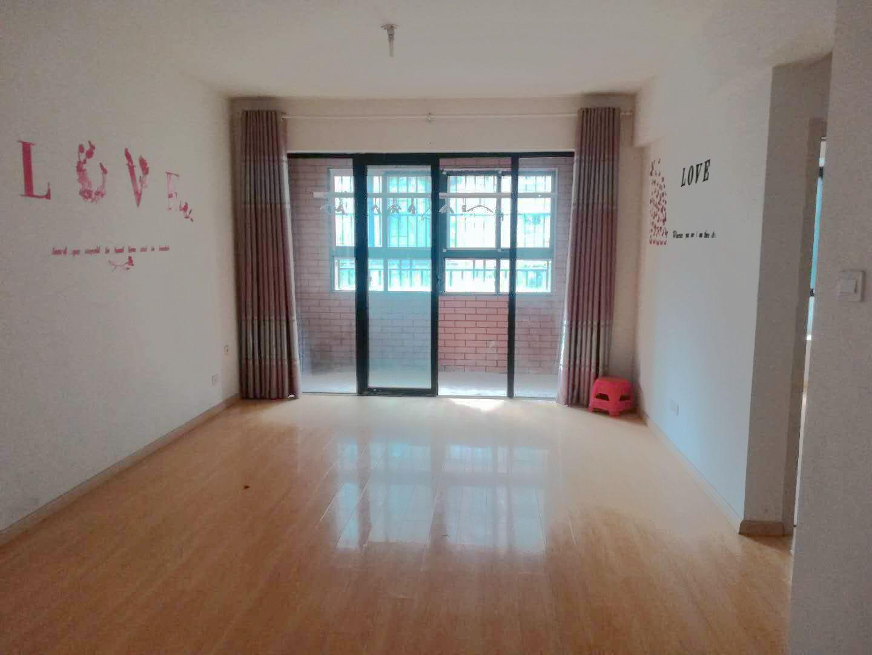 泉山湖D区2室2厅84.98平米中装56万