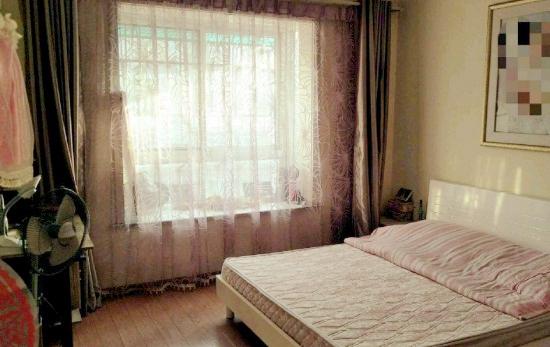 金港家园4楼2房全装出售