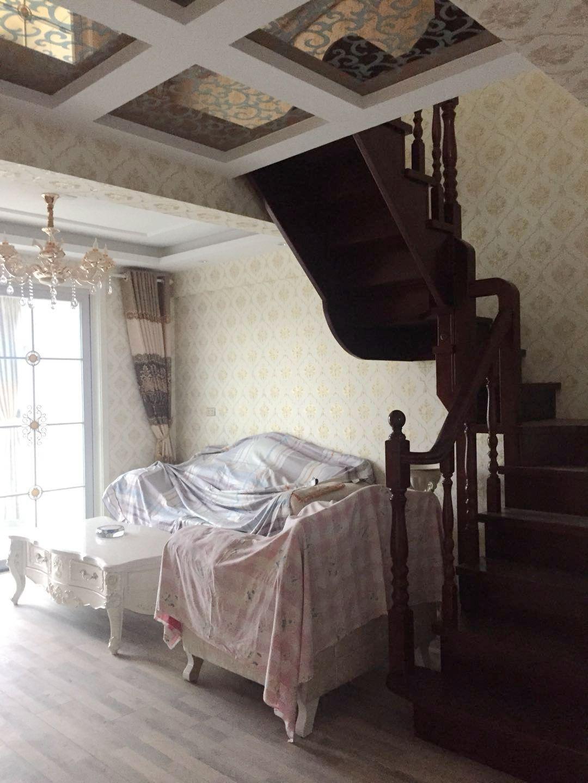 松石居精装婚房没住过三室两厅好房急售_2