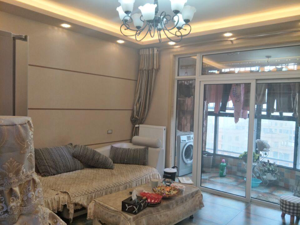 东城国际 精装修 3房 家电家具齐全