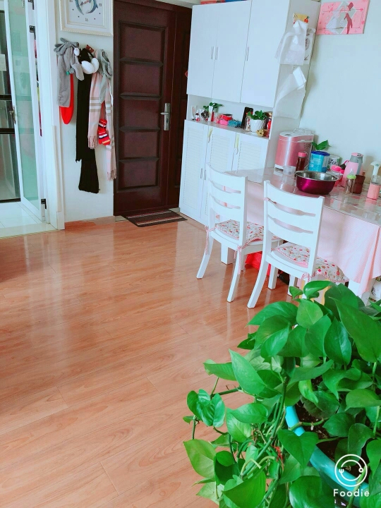 朝阳帝堡79.94平米2室精装出售
