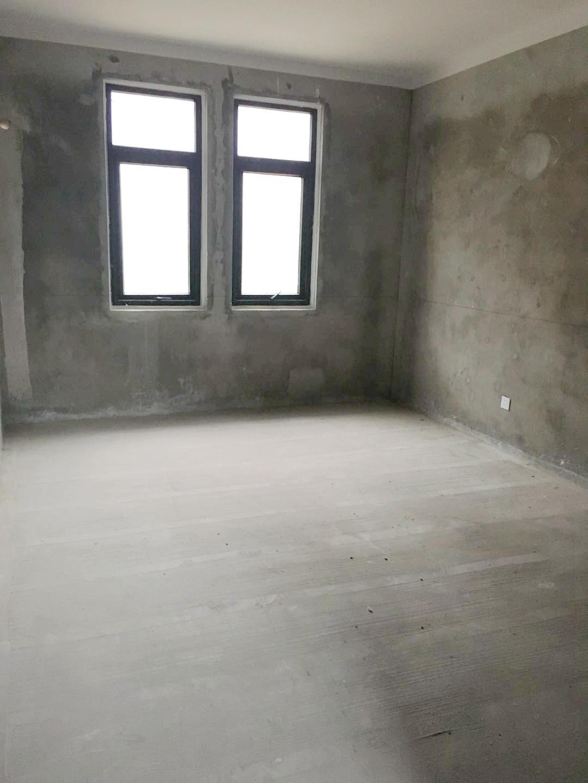 泉山湖255平米4室毛坯别墅