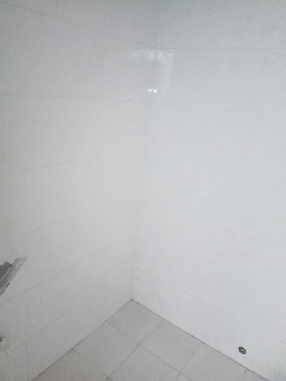 急租,汇金广场70平米简装