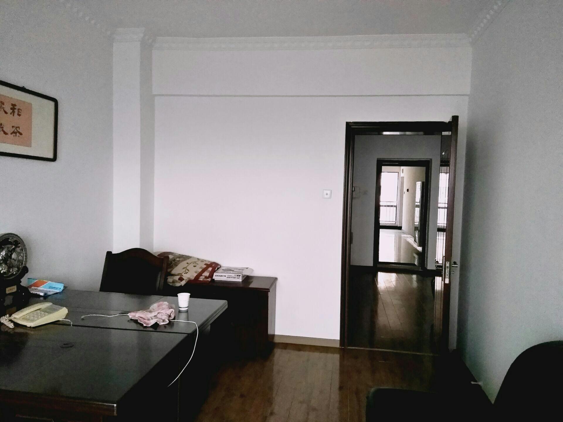 财富中心 107平米 简装2室 适合办公 家具齐全_3