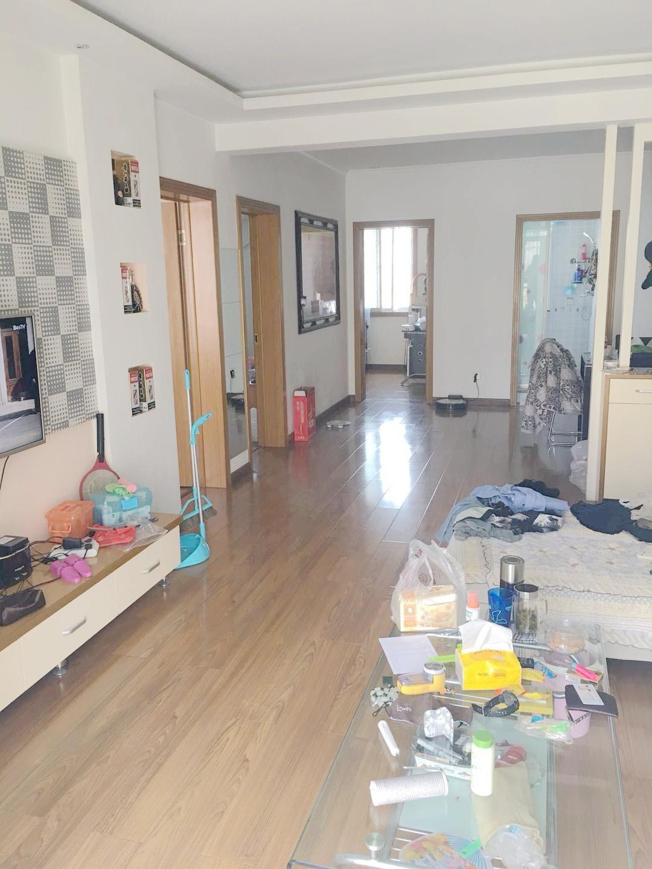 金丰易居一期三室二厅好房出售_1