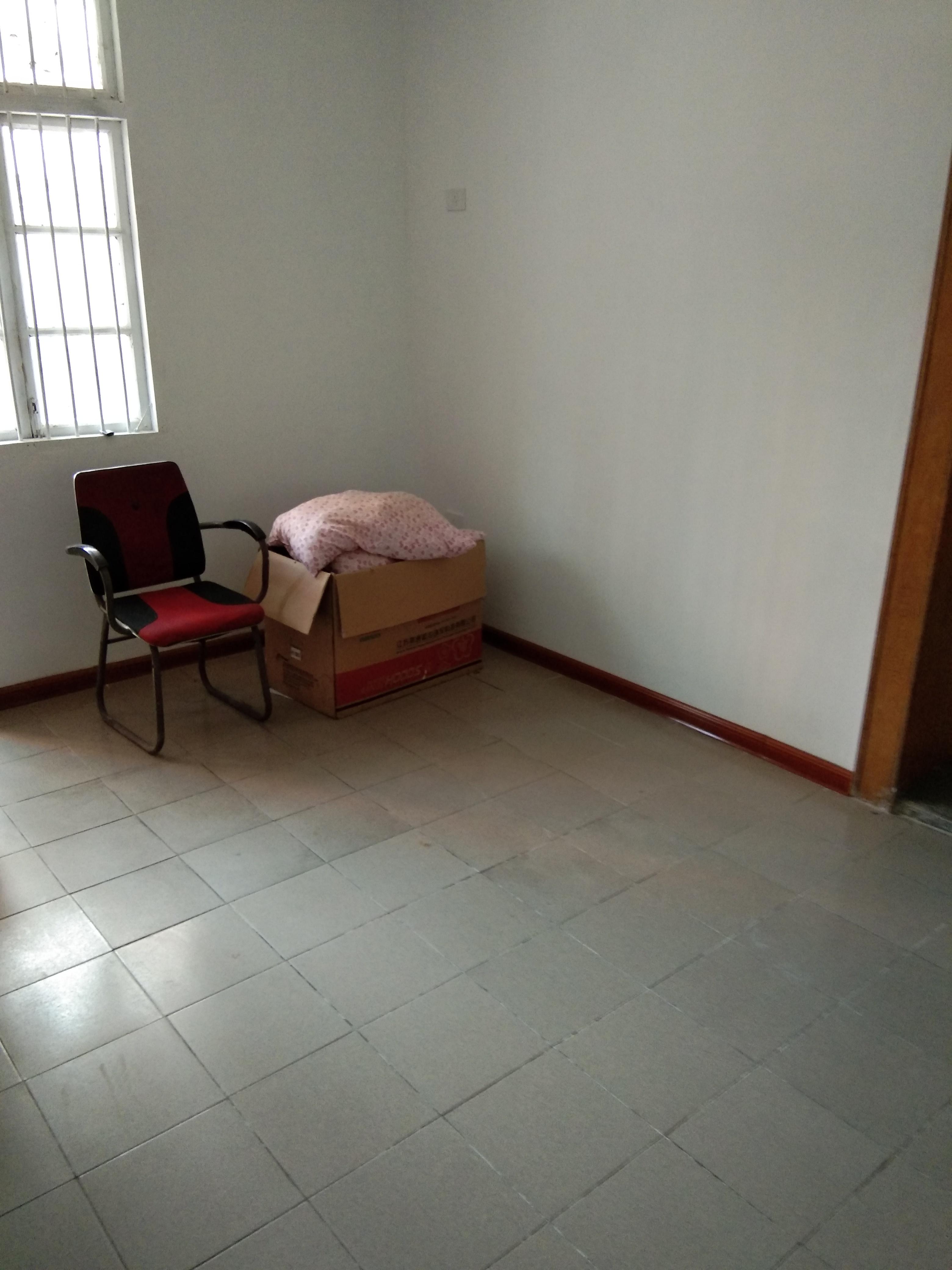 公安大院两室一厅出租_1