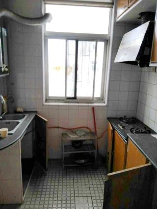前锋花园2室2厅简装好房出售_6