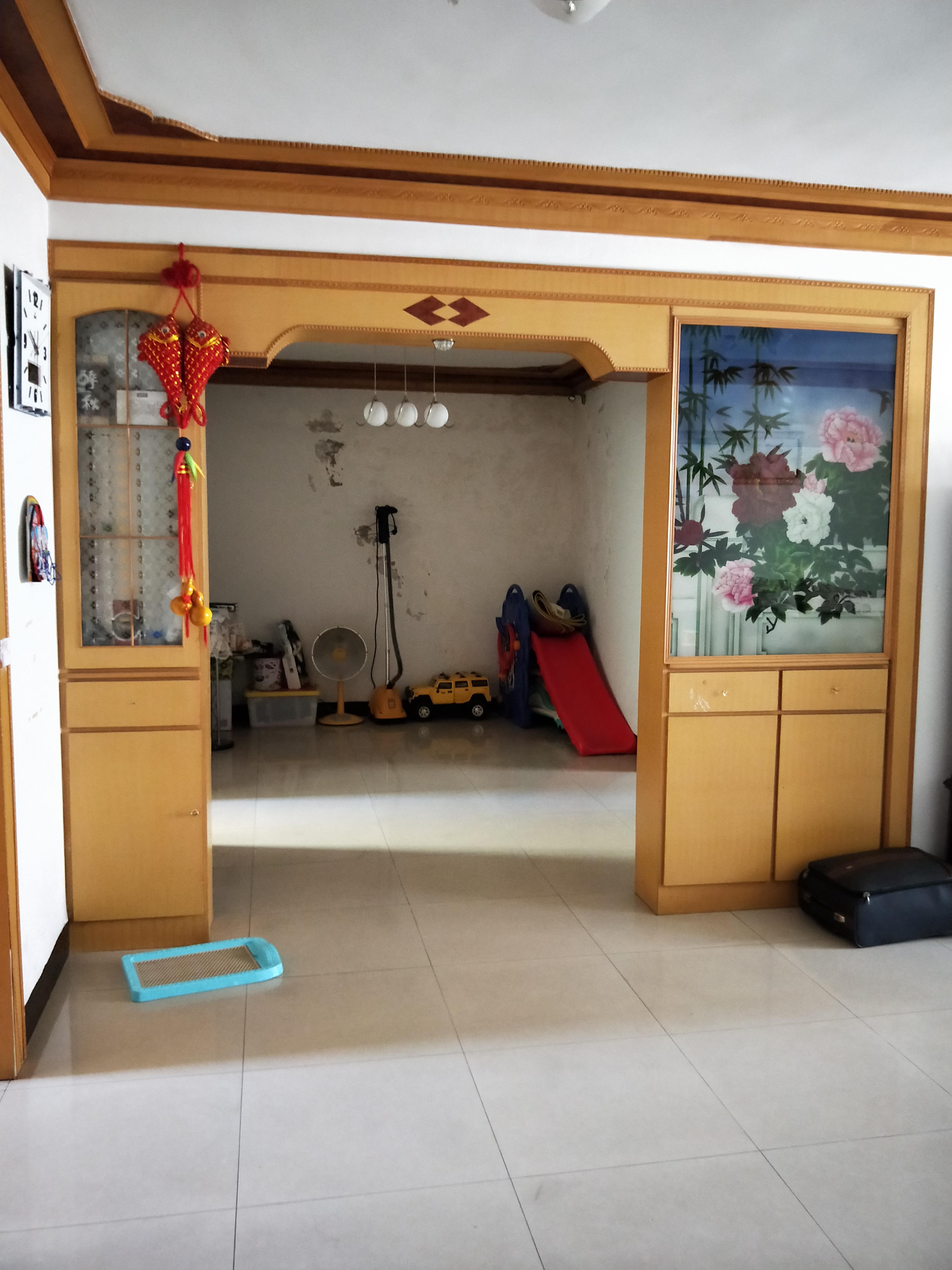 百花园二期116平米3室2厅证满2年随时看房