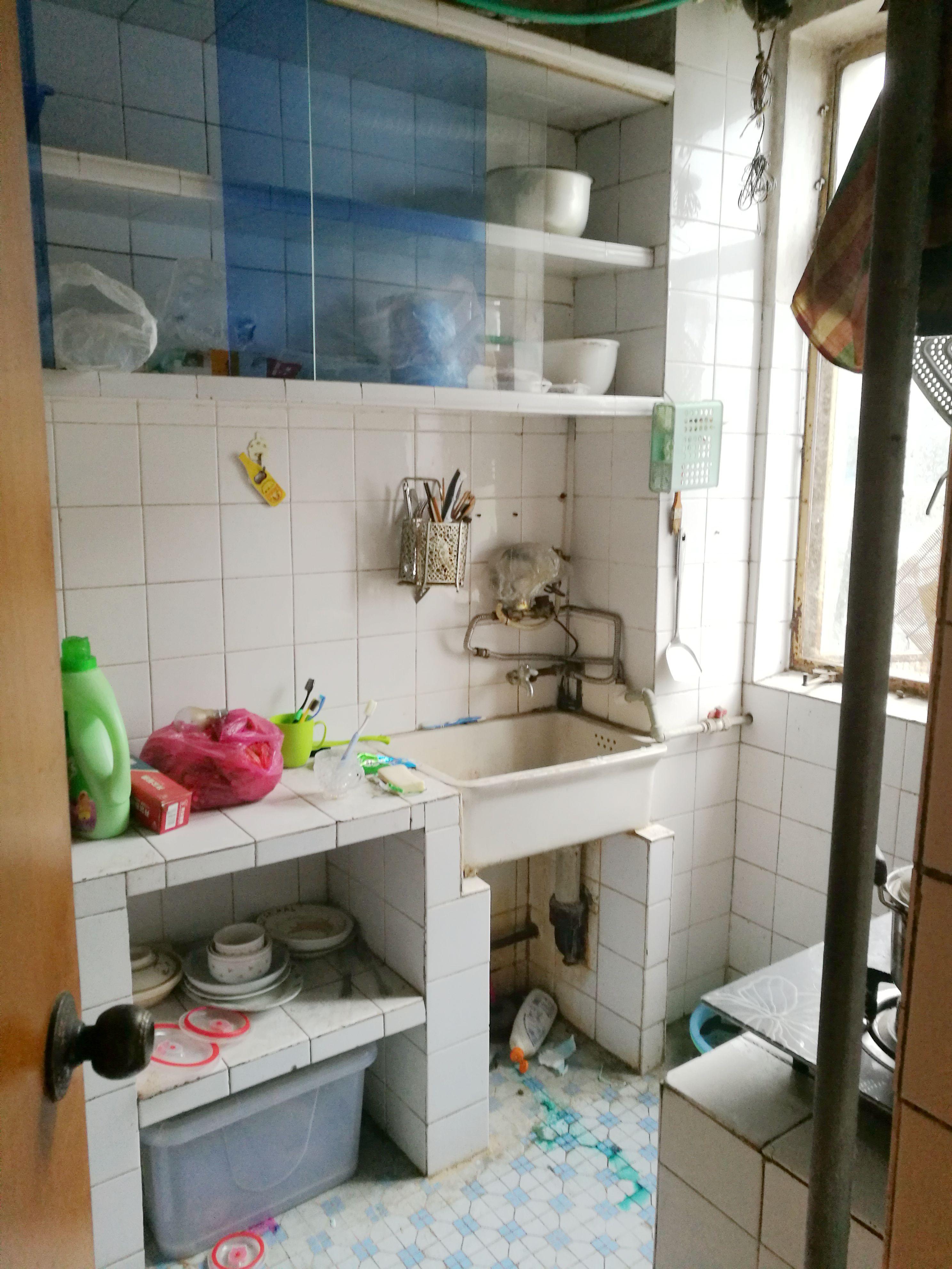 龙泉村两室两厅精装修出售_5