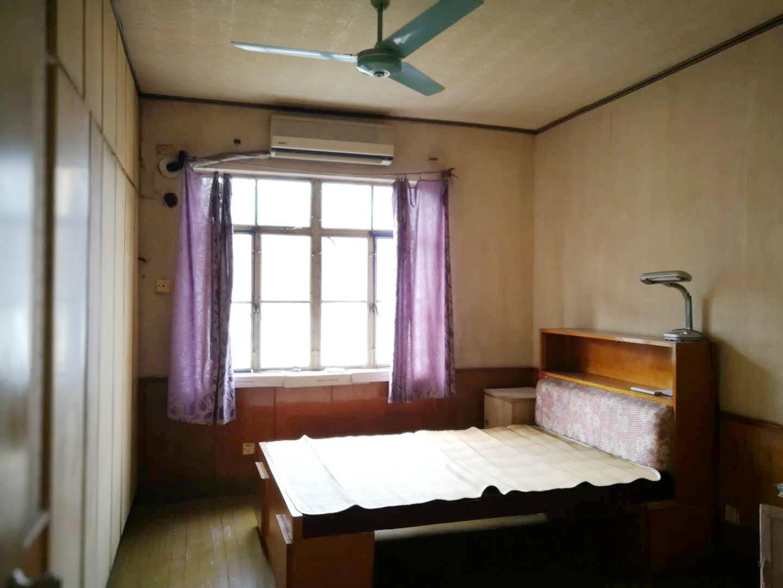二中家属楼两室好房出售_1