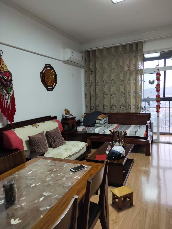 金地国际城A区精装1室1厅急售均价超低,双阳台房子保持的很好_3