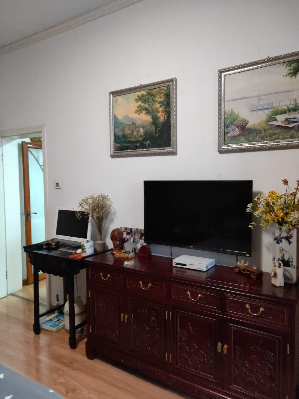 金地国际城A区精装1室1厅急售均价超低,双阳台房子保持的很好_4