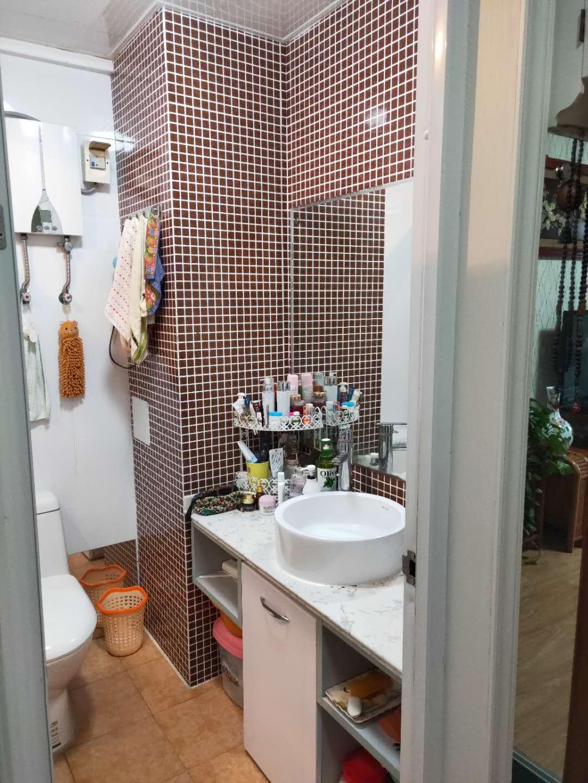 金地国际城A区精装1室1厅急售均价超低,双阳台房子保持的很好_14