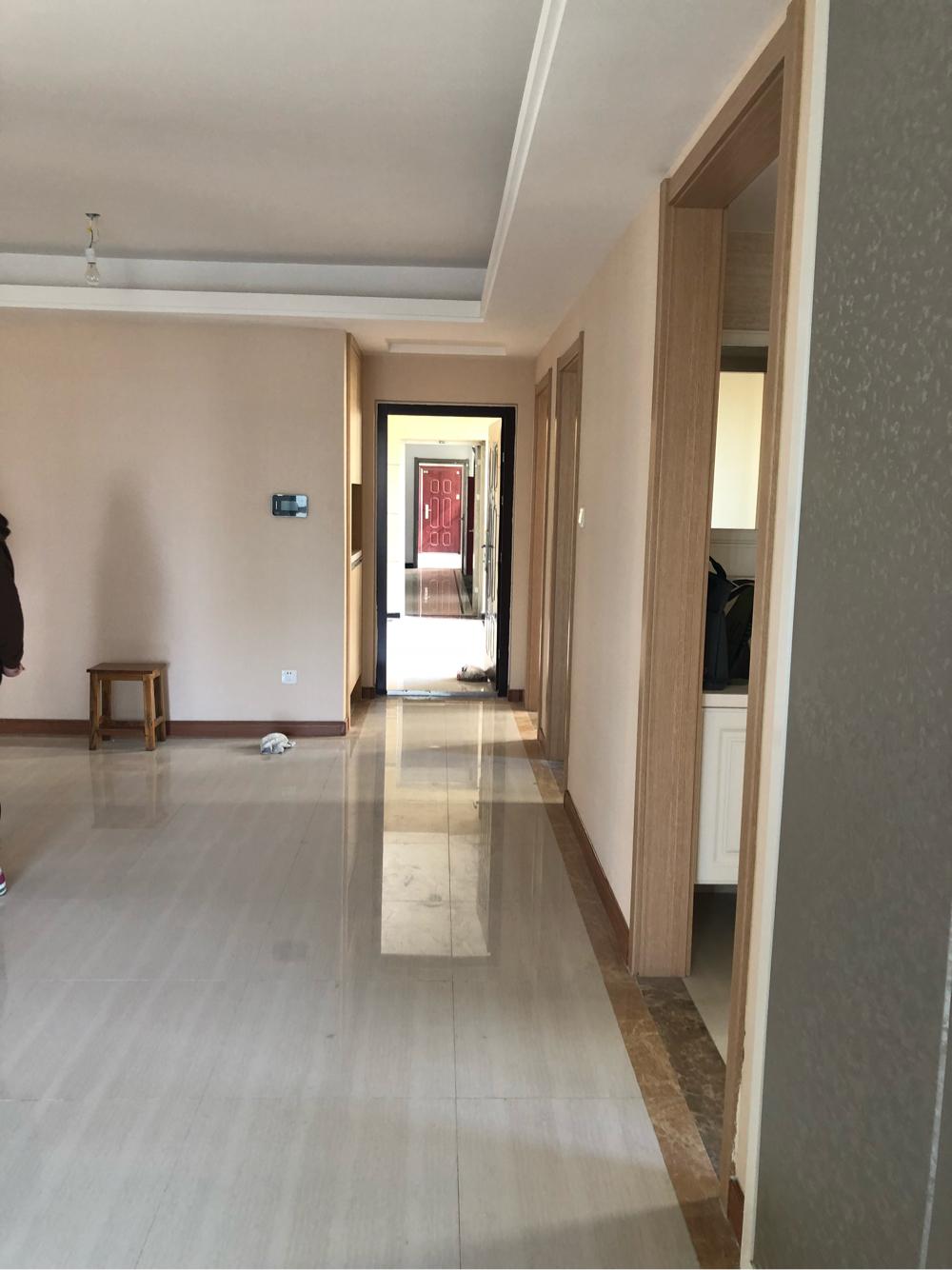 淮河新城五期新房出租房东不愿意租给住家的 想租给开公司作办公室用的 _1