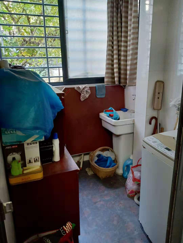 领城精装修3室2厅一楼_8
