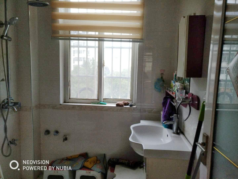 兰亭小区3室1厅精装房_8