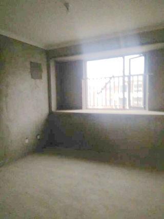 山南南山院3室2厅117平毛坯中间层急售_2
