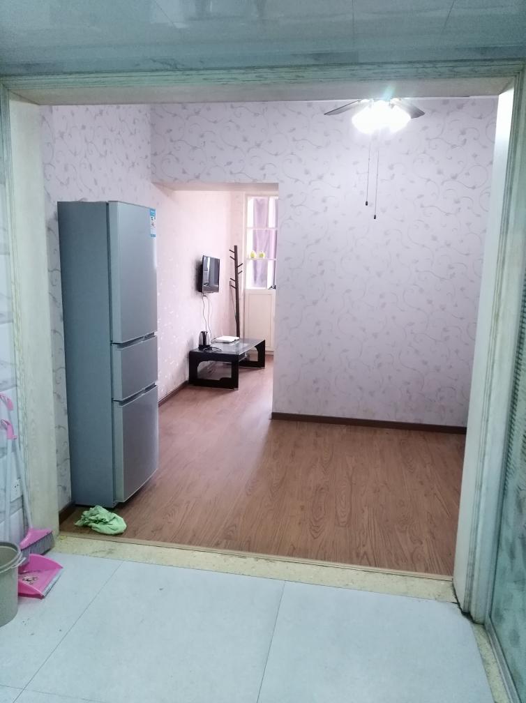 阳光国际城西区公寓出租_8