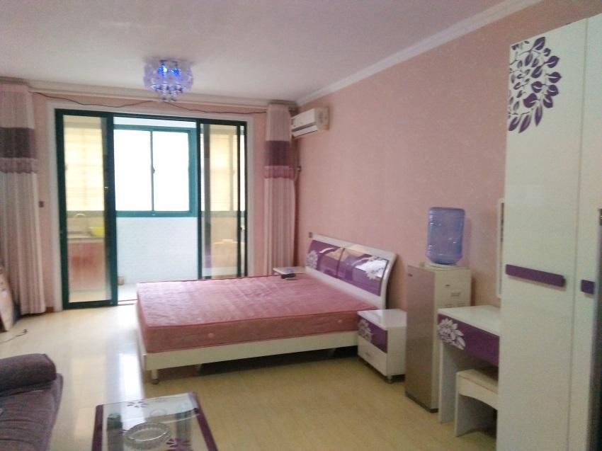 香榭華都東區1室1廳精裝出租 小區環境優美