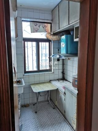 香港街商住楼2室1厅急售_6