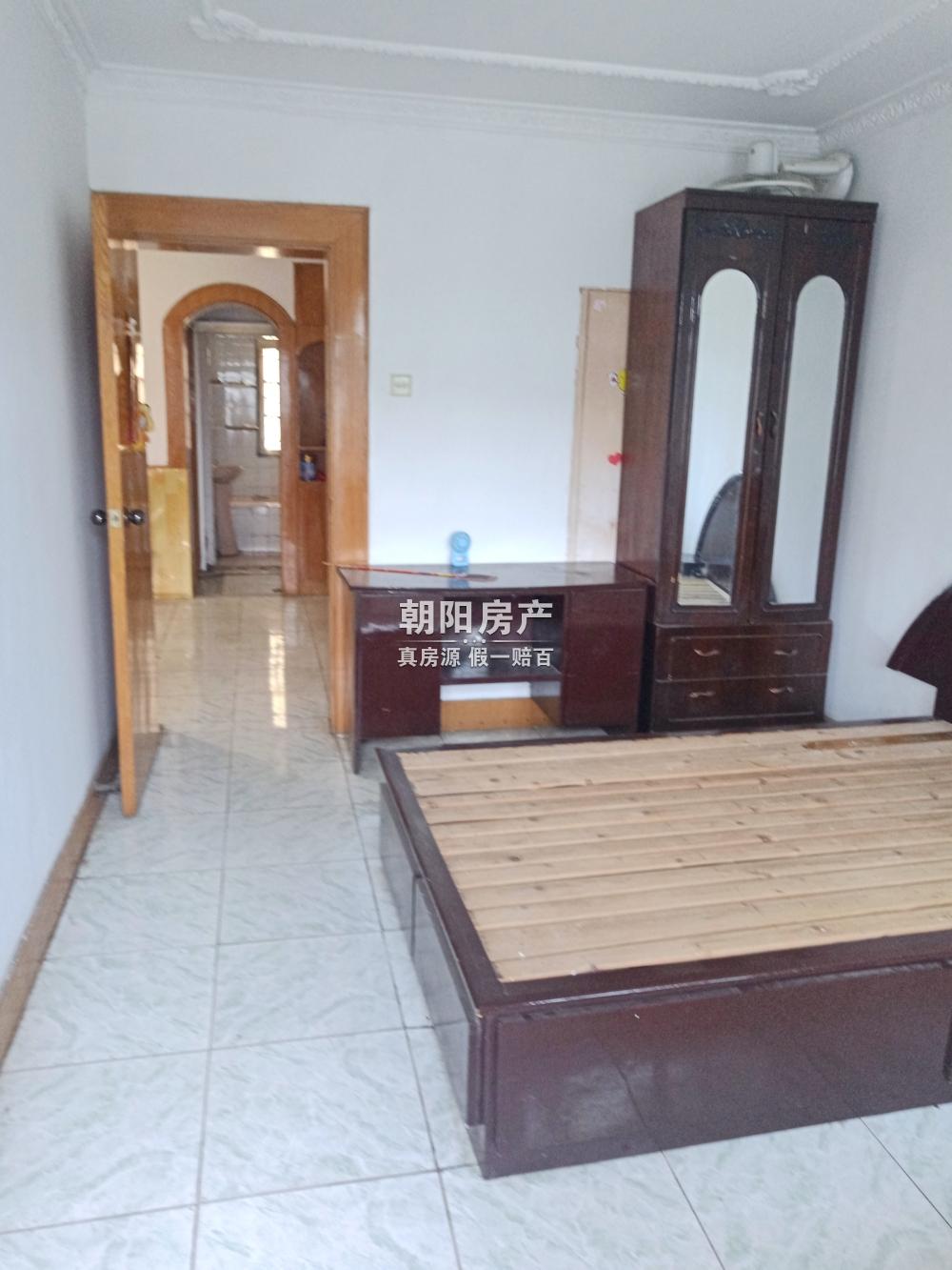 裕安小区70平两室,简装,诚心出售
