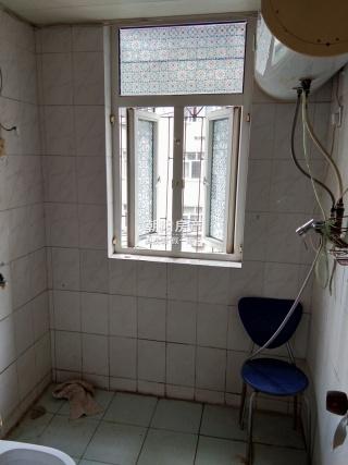 华声苑3室2厅精装出售 楼层位置好学区房_8