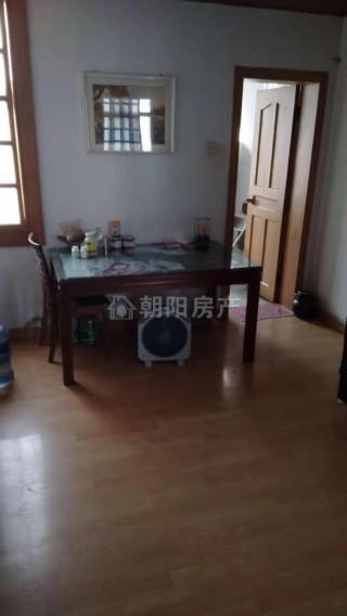前锋花园两室两厅一厨一卫精装出售 满5年 _2