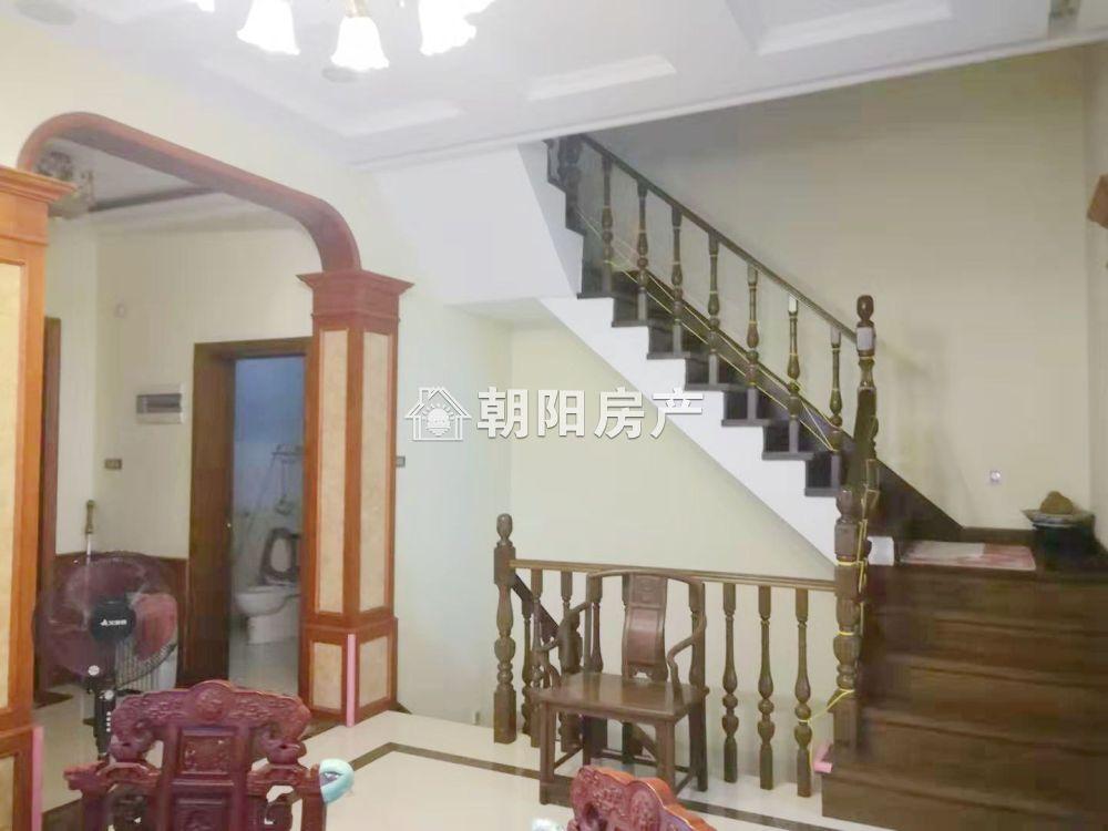金地滟澜山联排别墅出售