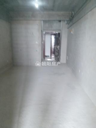 万达广场新毛坯公寓,楼层好,价格便宜_4