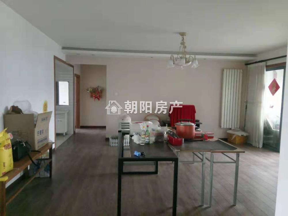 上东锦城吉房出售