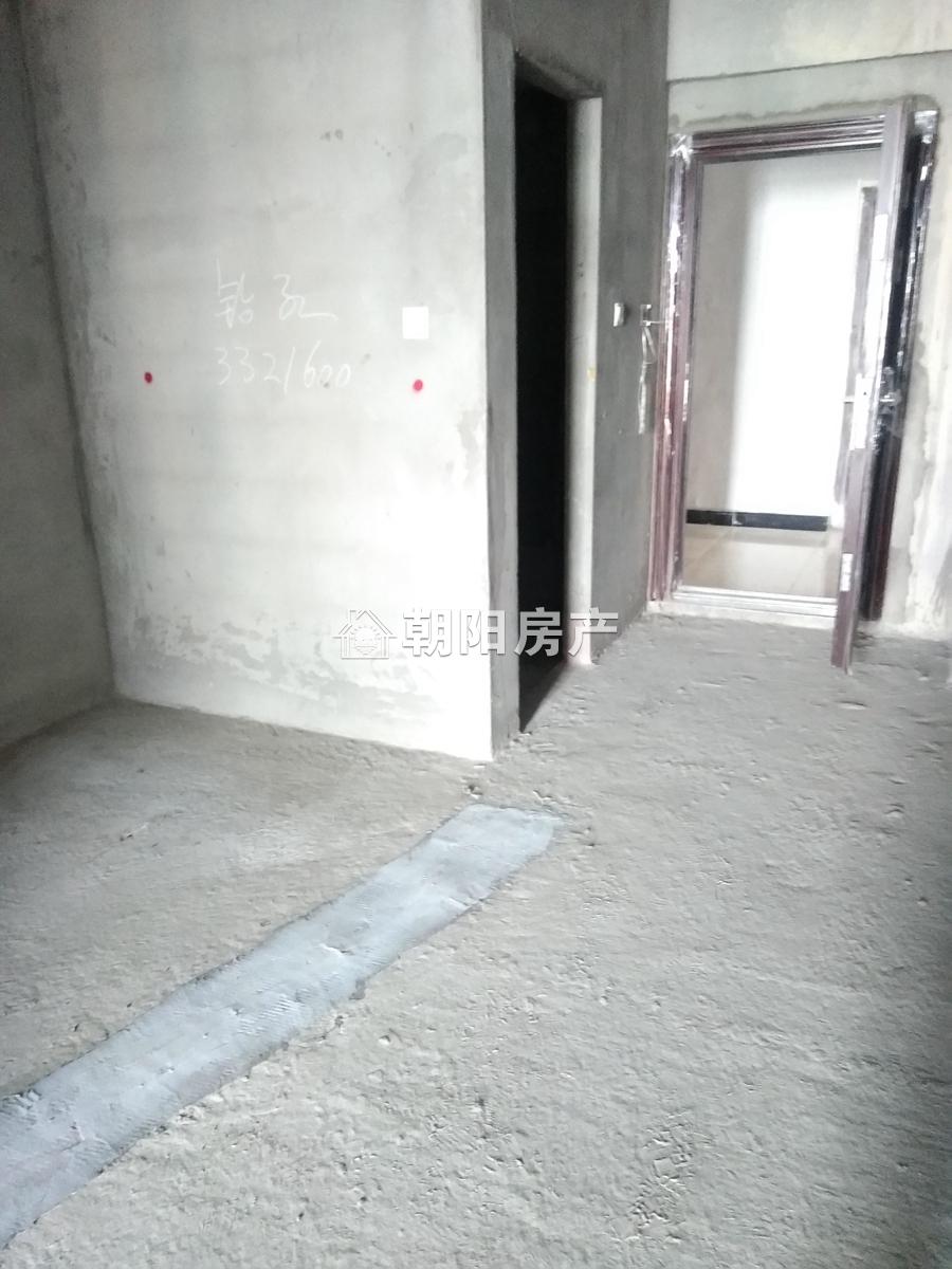 万达广场48平 一室一厅全新毛坯 出售