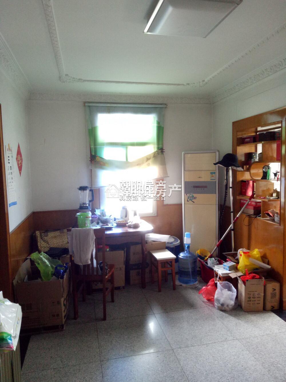 龙泉村5楼普装吉房出租