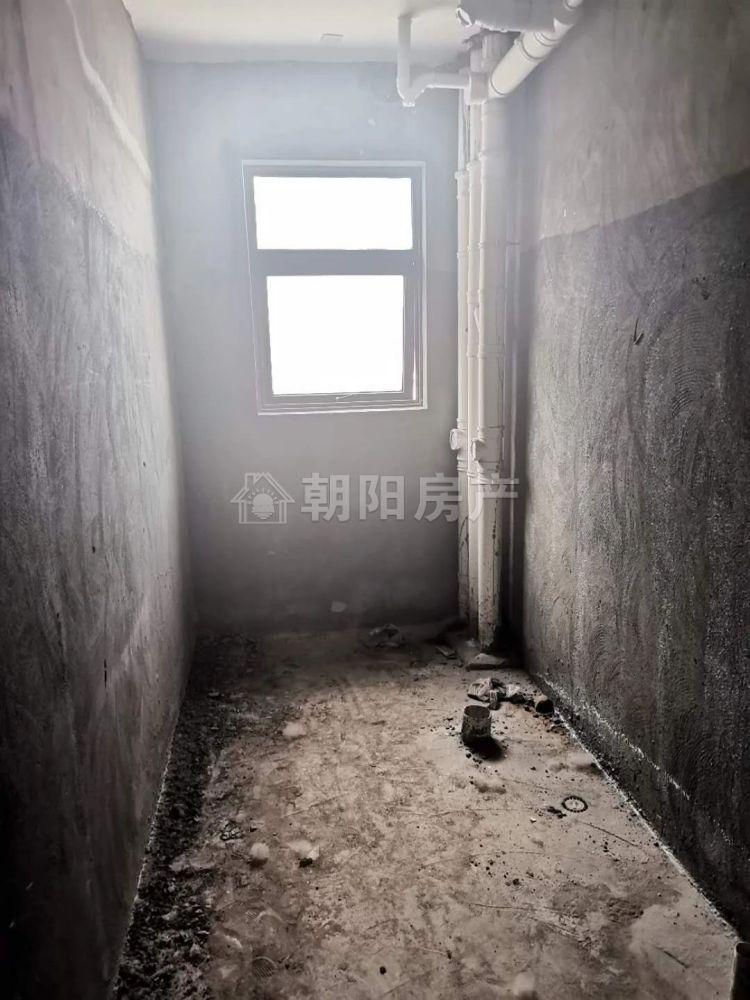 碧荷庭2室2厅毛坯房 洞山中学东校区