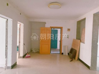 广场小区 3室2厅 普通装修_2