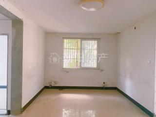 广场小区 3室2厅 普通装修_1