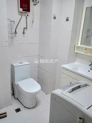 东方国际精装公寓1室1厅_6