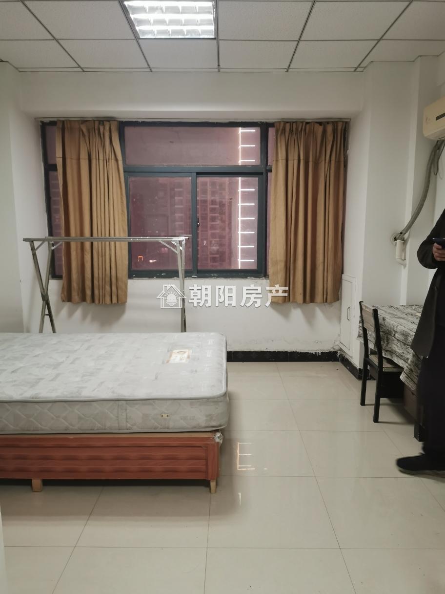 家乐福精装公寓 拎包入住
