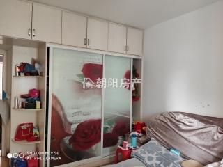 供暖小区金湾香都 小高层电梯房 精装三室 出售_2