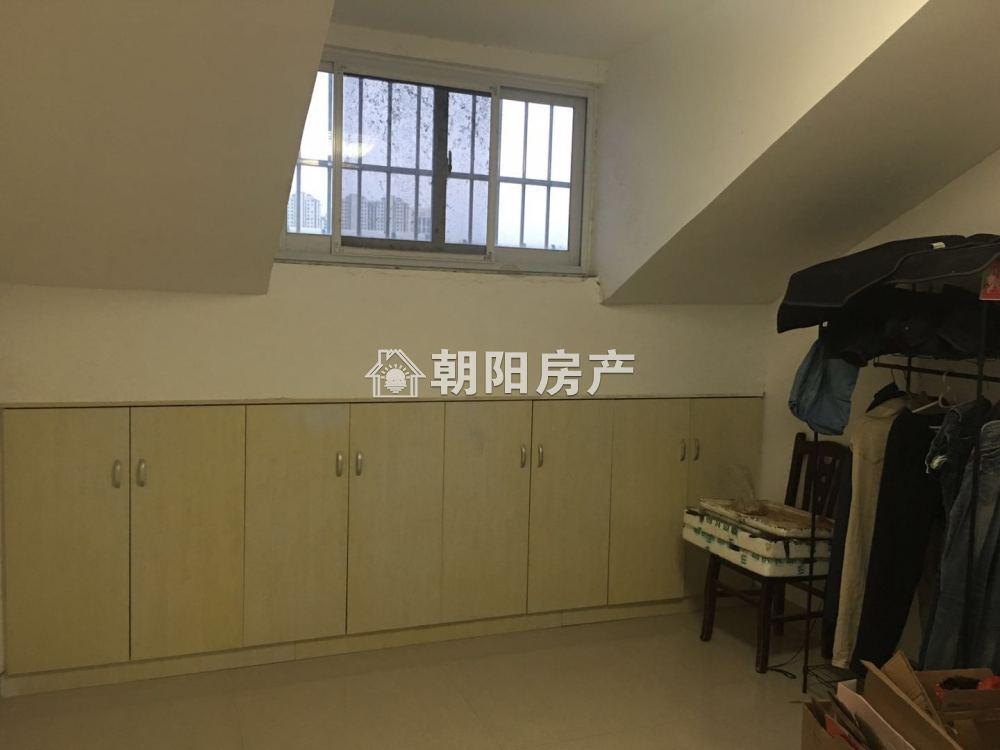 金茂阳光花园超大面积精装三室出售