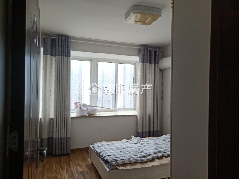 永安国际城精装3室2厅好房出租万达商圈